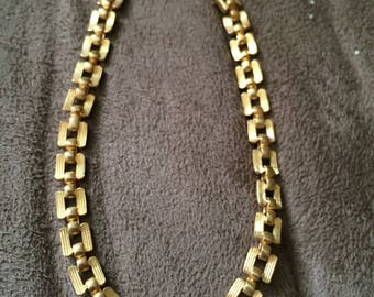Vintage Goldtone Chain Design Bracelet, 7 1/4'' Long, 3/16'' Wide
