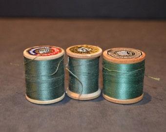 Coats and Clark's Wood Spools with Green Thread-Set D