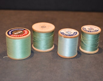 Coats and Clark's Wood Spools with Green Thread-Set A