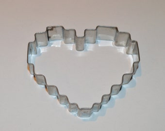 Vintage Metal Fluted Heart Cookie Cutter