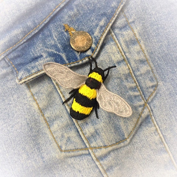 Fsl Machine Embroidery Design Bee Brooch Applique Fsl Jewelery Etsy