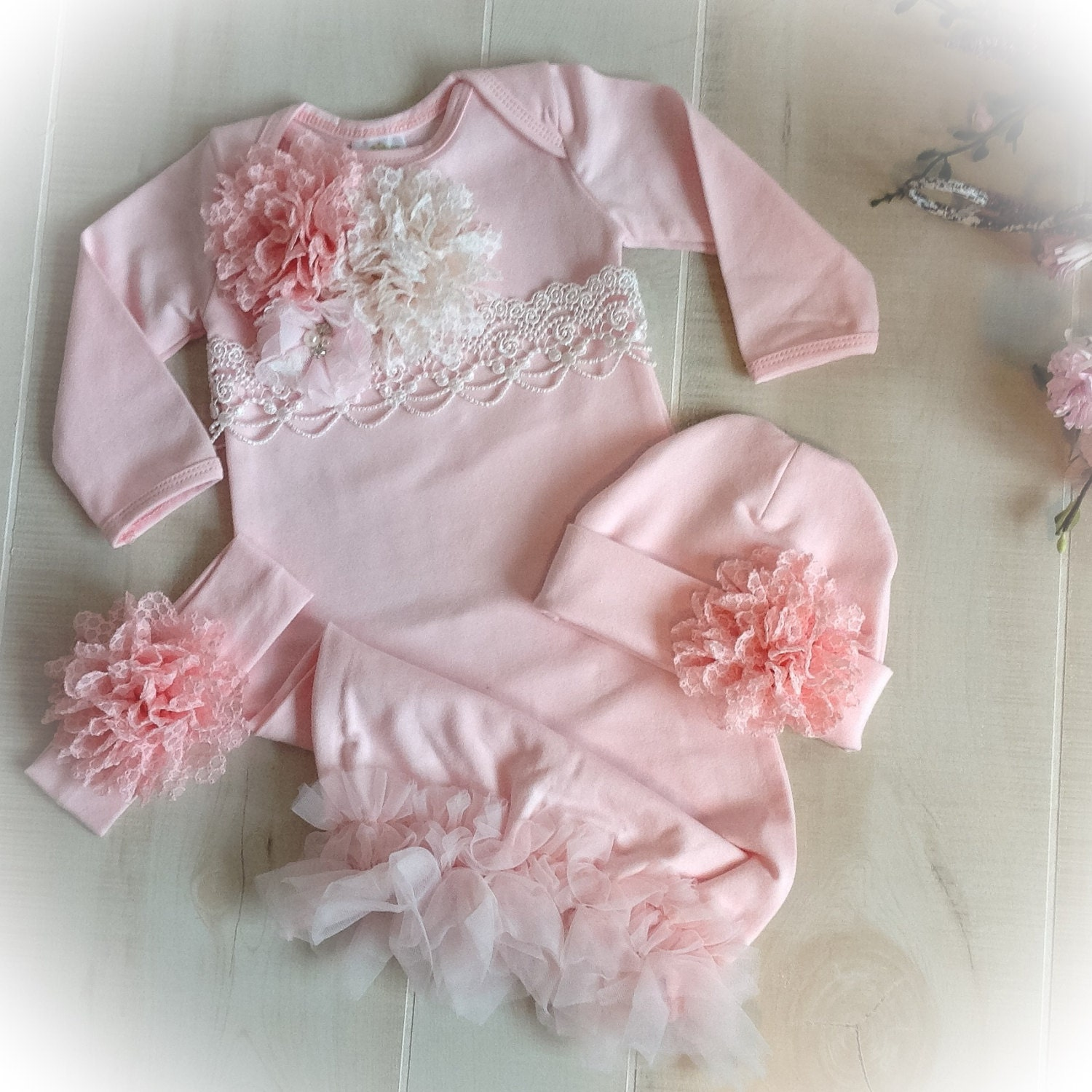 1626df3f180ac Newborn Girl Coming Home Outfit