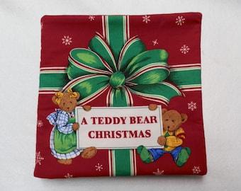 A Teddy Bear Christmas Cloth Book