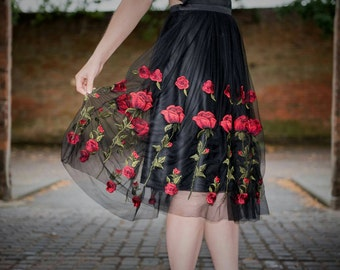 SALE Rose tulle skirt size 10, Rose embroidered skirt, black satin, red rose skirt, tulle skirt, tulle, special occasion