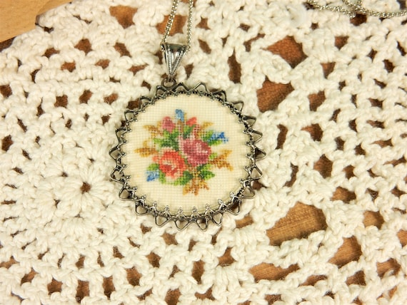 Vintage Floral Embroidery Needlepoint Necklace