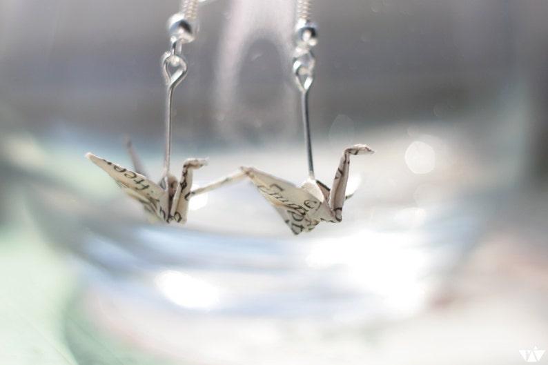 Book Lover Origami Earrings - valentijngeschenken voor boekenliefhebbers