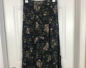 Medium Blue floral Jaclyn Smith skirt