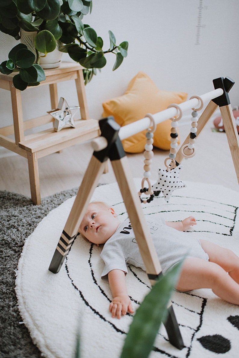 High Quality Wooden baby play gym stylish nursery baby wooden gym stand baby activity gym