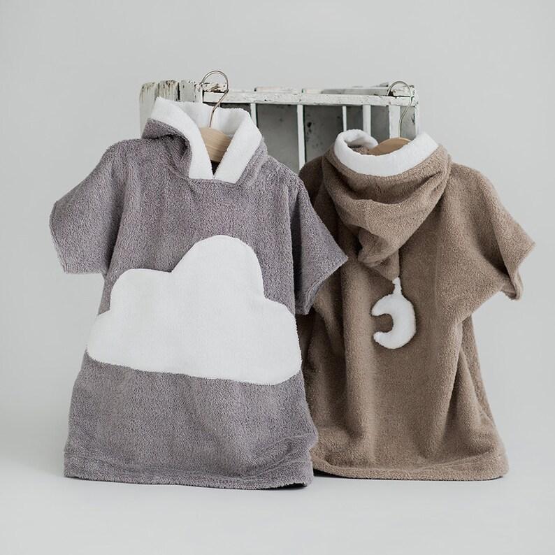 aa6947fa441d6 Kids beach cover up Cloud-pocket gray white Toddler bathrobe | Etsy