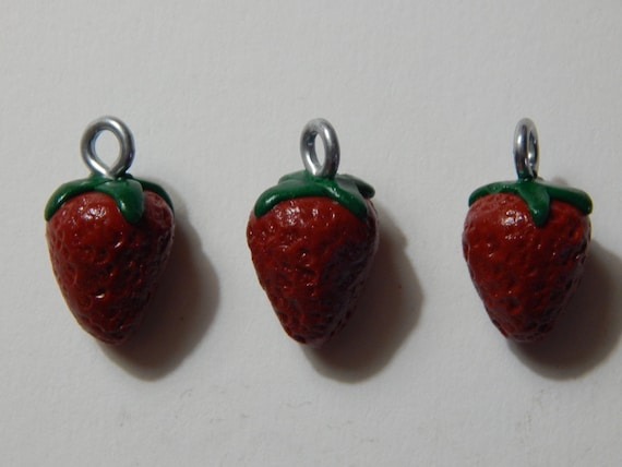 8 Strawberry charms antique silver tone FD236