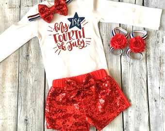 Baby girl first fourth of july outfit, 1st fourth of july outfit girls, red sequin shorts, barefoor sandals, newborn girl 4th of july outfit
