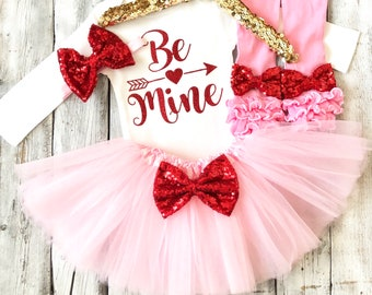 Girls Be Mine outfit, baby girl valentines outfit, baby girl valentines, first valentines outfit, 1st valentines outfit, pink red, be mine