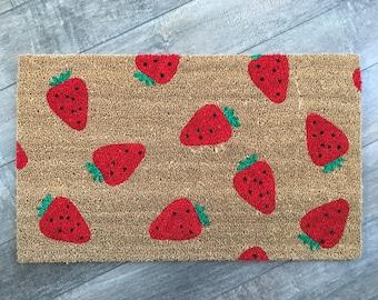 Strawberry Doormat / Custom Welcome Mat / Spring Doormat / Summer Doormat / Funny Doormat / Cute Doormat / Monogram Doormat / Newlywed Gift