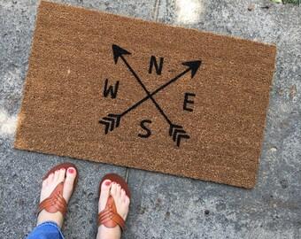Arrow Doormat / Arrow Decor / Cute Doormat / Funny Welcome Mat / Custom Doormat / Monogram Doormat / Personalized Doormat / Housewarming Mat