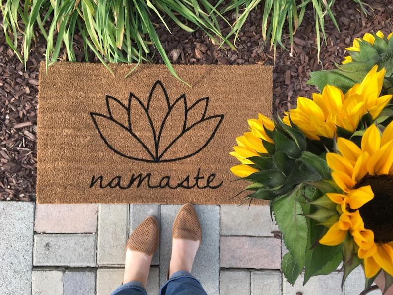 Namaste Doormat / Yoga Doormat / Flower Doormat / Welcome Mat Black