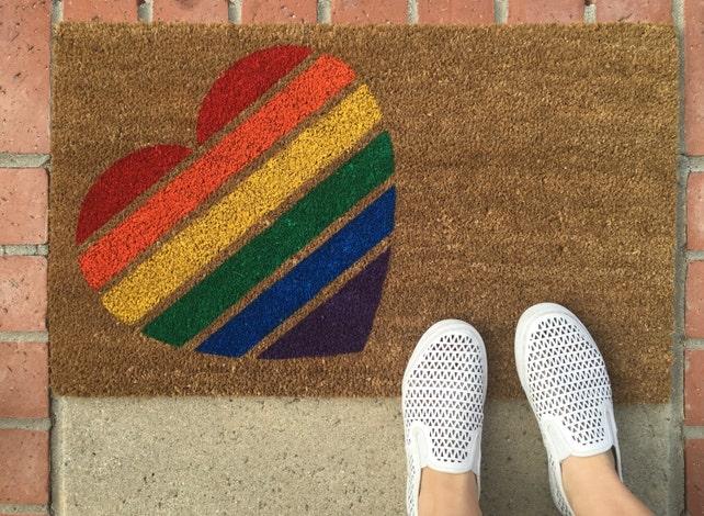 Gay-Pride-Fußmatte / LGBT Hochzeitsgeschenk / stolz Herz / | Etsy