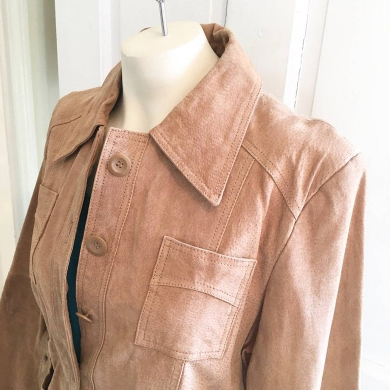 Vintage Renee Raquel Suede Belted Trench Coat WOMEN/'S MEDIUM Tan Long sleeve Button front Pointed collar Structured shoulder Pockets