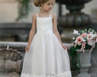 f9158b1e7 Flower girl dress, boho flower girl dress, rustic Ivory flower girl dress, flower  girl dresses, beach wedding flower girl dress, Lace Dress