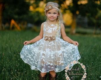 002032334 Flower girl dress, lace flower girl dress, girls dress, girls lace dress,country  flower girl dress, rustic flower girl dress, tulle dress