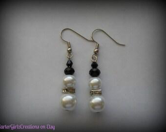 Pearl Snowman Earrings, Christmas Earrings, Winter Earrings