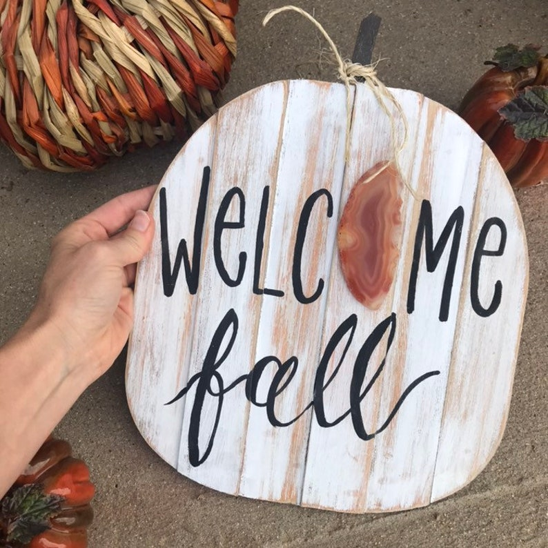 Welcome Fall pumpkin agate sign image 0