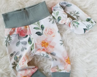Newborn baby girl leggings - Floral baby pants - Baby girl coming home outfit - New baby gift - Take home outfit - Baby shower gift