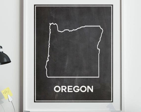 Map of Oregon Poster Outline Oregon Map on Chalkboard Background Oregon Decor Oregon State Map (sizes from 5x7 to 50cm x 70cm)