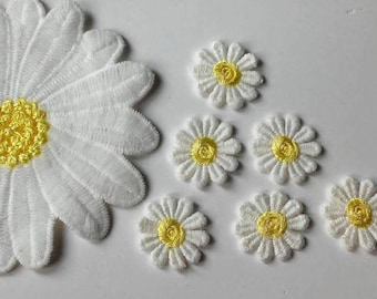 Flower patches Daisy patch Embroidered patch Sew on patch flower Small patches Embroidered patches Flower applique Large patch Mini patches