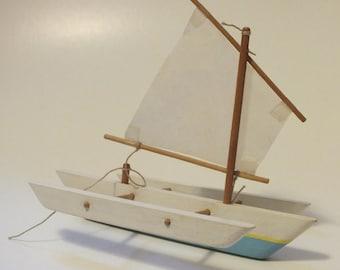 5″ Trimaran Multi-hulled Sailboat