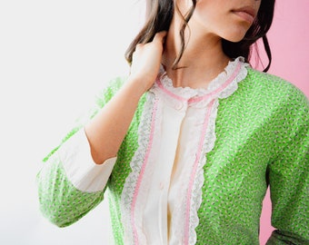 Vintage Floral Blouse // Green & Pink Ruffle Top, Women Size Small