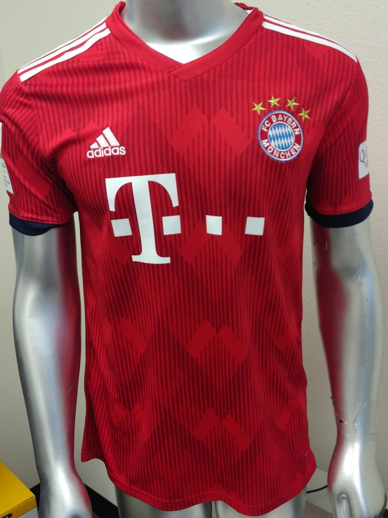 ba63de451 FC Bayern Munich Football Soccer Kit Home 2018-2019