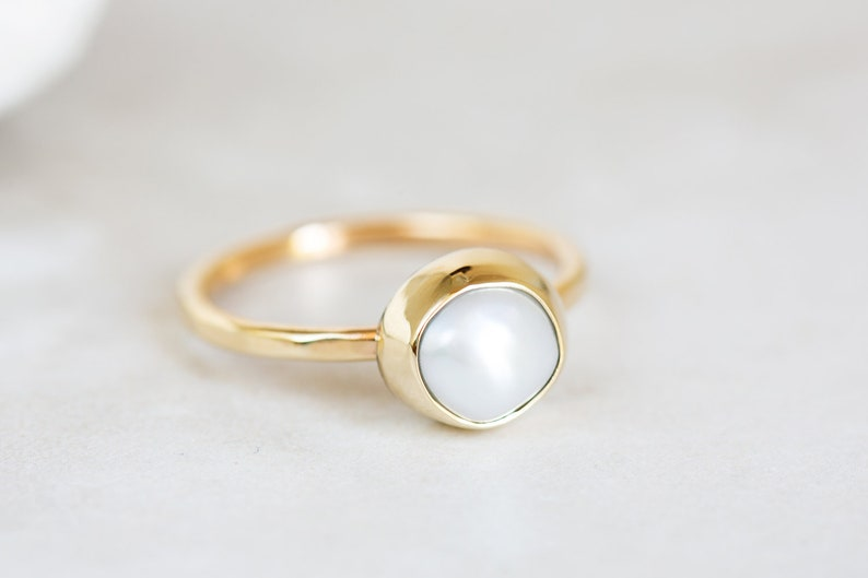 Size 6 Size 5.75 Yellow Gold AAA Pearl Ring Ready to Ship Size 5.5 Size 6.25 Pearl Ring Keshi Pearl Ring 10K Gold Pearl Ring