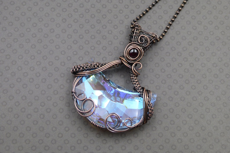 Garnet Crystal Crescent Moon Pendant Copper Wire Wrapped Cosmic Moon Jewellery Celestial Moon Necklace