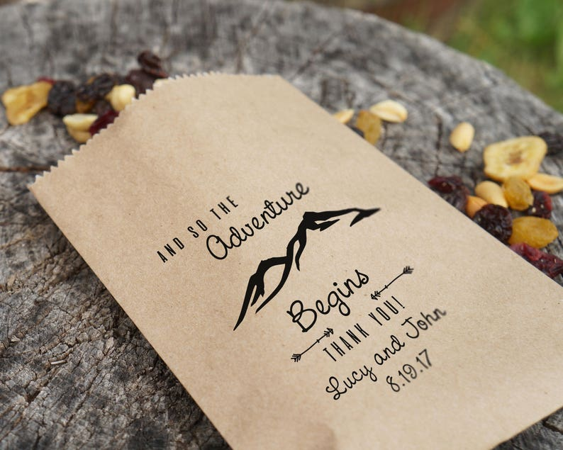 Personalized Barn Wedding Trail Mix Favor Bags Kraft Paper Grease Resistant Rustic Wedding Sacks Lined Thank You Bags