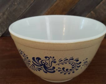 Pyrex Homestead Mixing Bowl - 401