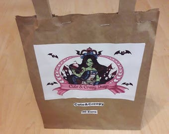 Cute & creepy mixed wonder bag