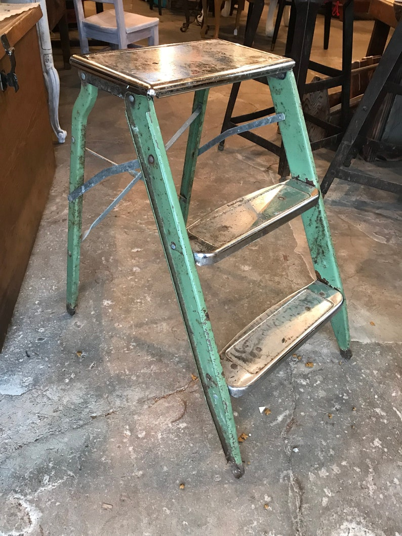 Tremendous Small Vintage Metal Green And Silver Cheome Folding Step Ladder Cjindustries Chair Design For Home Cjindustriesco
