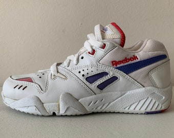c834810d5a0 Reebok Cross Training Shoes Finesse Aztrek 90 s White Purple Pink Size 6.5