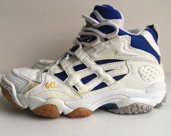 8a008ee7c37f Asics Gel Mid Indoor Court Volleyball Shoe Rhyno Skin size 6 White Blue  Gold Gum Sole 90 s 1997