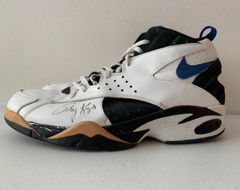 hot sale online 7213c 3ec34 Nike Air Maestro Player Sample Stacey King Chicago Bulls Minnesota  Timberwolves Game Worn Autographed 1993 size 15