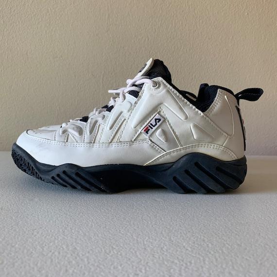 fila cross training shoes