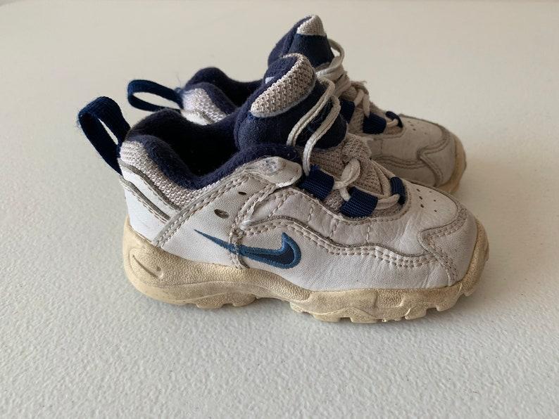 Nike 90 Cross Trainer Rasen Schuhe Jugend 1998 Größe 5C