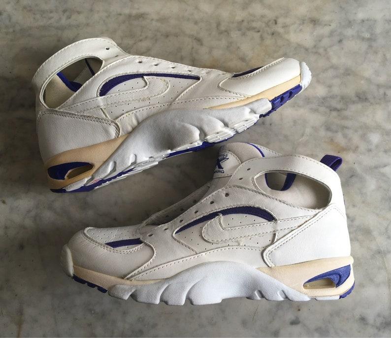 sale retailer 48fc9 bf5d0 Nike Air Cross Trainer Accel Lite 7.5 White Purple Deadstock