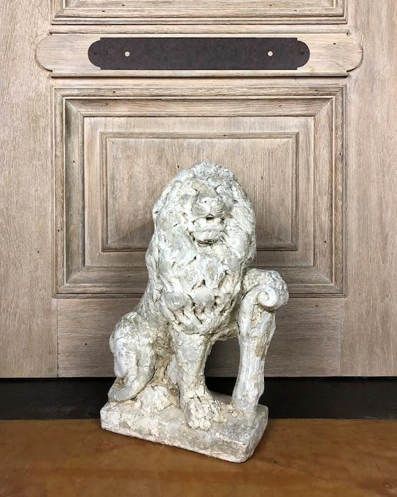 Antique Lion Statue , Concrete Lion , Vintage Garden Statue , Garden  Antique , Stone Lion , Concrete Statue , Vintage Lion , French Antique