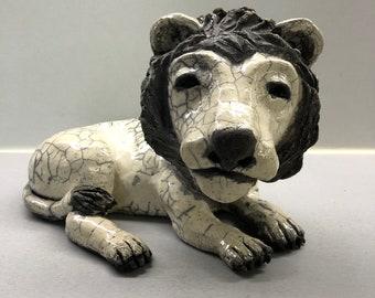 céramic raku Lion