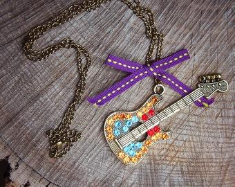 Guitar Necklace ~1 pieces #100415