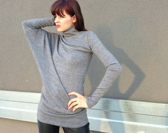 Grey Asymmetrical Womens Sweater, Oversized Turtleneck Casual Blouse, Long Sleeves Dressy Top