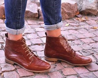 Burton - Womens Fall Boots, Lace-up Leather Boots, Brogue Boots, Ankle Boots, Womens shoes, Custom boots Brown boots, FREE customization!!!!