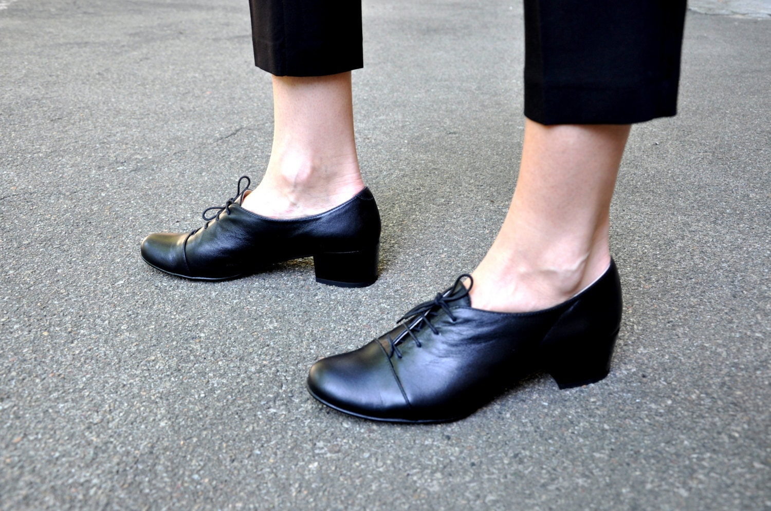 Vienna Oxfords, - Oxford Pumps, Womens Oxfords, Vienna Casual Shoes, Black shoes, Heeled Oxfords, Low heel, Chic Shoes, FREE customization!!! 5787a3