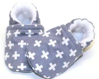 Baby gray shoes, baby boy shoes, crib shoes, baby booties, soft sole, cross gray, baby moccs, kids shoes, baby boy, baby shoes boy